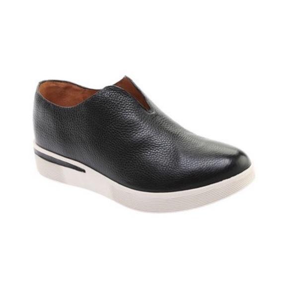 Gentle Souls Kenneth Cole Halden Platform Sneakers